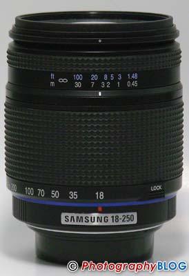 Samsung D-XENON 18-250mm F3.5-F6.3