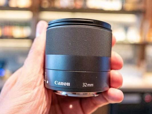 Canon EF 400mm, 600mm and EF-M 32mm Hands-on Photos