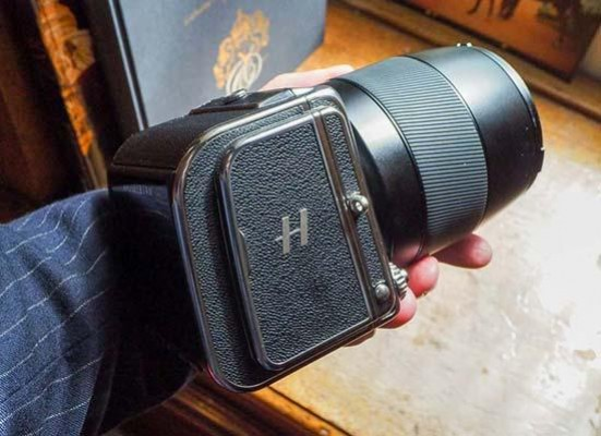 Hasselblad CFV II 50C and the 907X Hands-on Photos