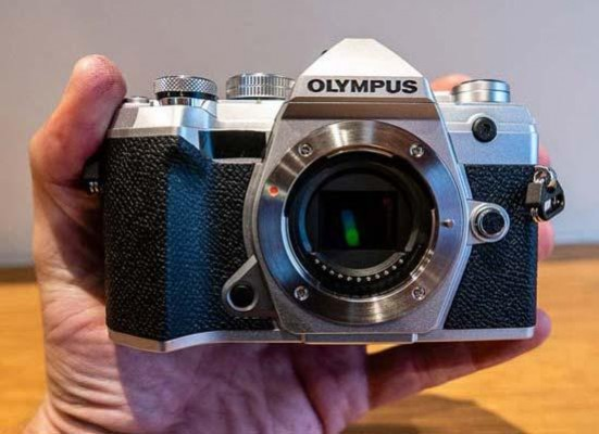Olympus OM-D E-M5 Mark III Review - First Impressions | Photography Blog