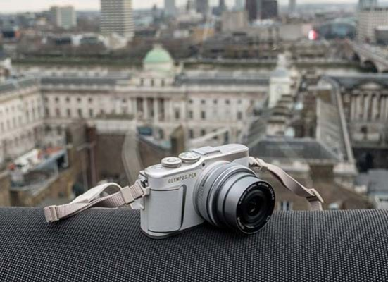 Olympus E-PL9 Hands-on Photos