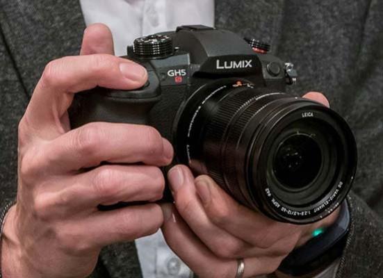 Panasonic LUMIX GH5S Hands-on Photos