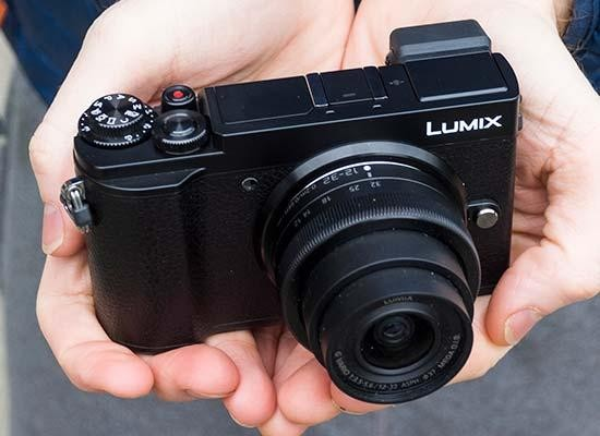 Panasonic Lumix GX9 Hands-on Photos