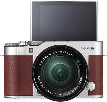 Cyber Monday Deal: Fujifilm Mirrorless for £229!
