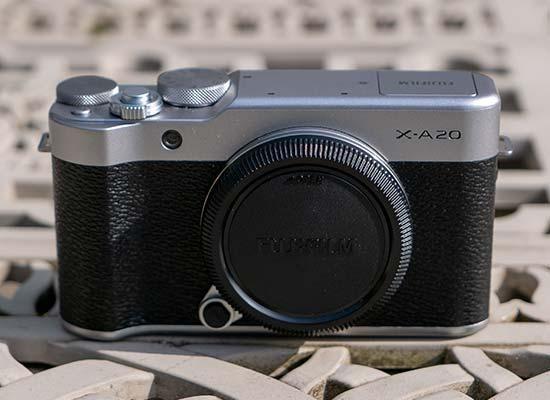 Fujifilm X-A20 Review