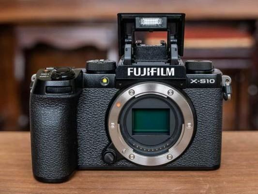 Fujifilm X-S10 First Impressions
