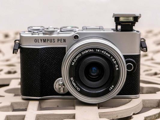 Olympus PEN E-P7 Review