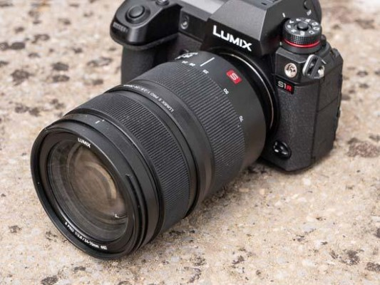 Panasonic Lumix S PRO 24-70mm F2.8 Review